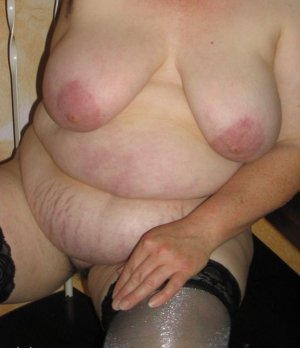 Marie-blandine girls escort Deggendorf, BY